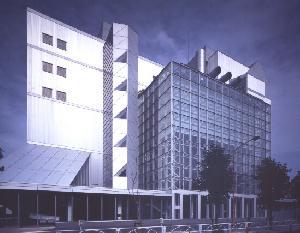 YKK R&D センター